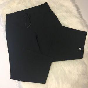 Lululemon Black Wide Leg Cropped pants Size 8